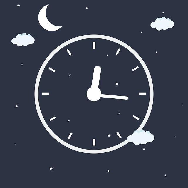 夜空に浮かぶ時計のイラスト