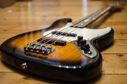 あなたはどこまで知っている?ギターをしてると必ず耳にする「Fender(フェンダー)」のギターについてざっくりとまとめる