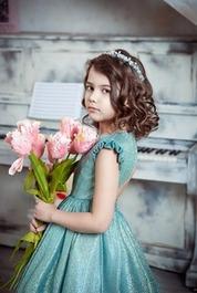 子どものピアノ発表会の髪型・ヘアアレンジのおすすめをご紹介!