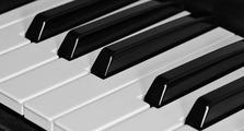 ピアノは打楽器?それとも弦楽器なのかご紹介!