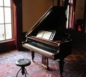世界三大ピアノ?日本・世界のピアノメーカーついてご紹介!【価格/種類】