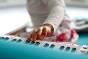ストリートピアノ・駅ピアノの設置場所一覧!【東京/新宿/埼玉/神戸など】