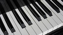 ピアノの黄ばみの原因と落とし方をご紹介!