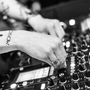 【必読】DJを始めたい初心者必見!必要なDJ機材・選び方入門編