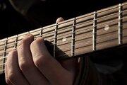 ギターの種類と特徴まとめ!【テレキャスター/ストラト】