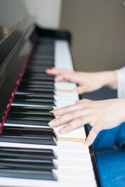 「伴奏」の意味や役割を紹介!伴奏とは何なのか?