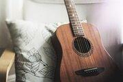 誰でも簡単、ギターのリフィニッシュ(再塗装)で自分だけのデザインを手に入れろ!