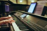 レディ・ガガ、オンラインチャリティコンサート開催で世界的支援に協力する