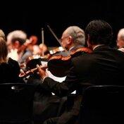 最小にして最大のオーケストラ「オブセッション」とは?