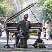 ピアノで弾けたらかっこいい曲を紹介!【J-POP/アニソン/ボカロ】