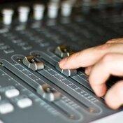 好みのイコライザー設定で音楽を快適に!調整方法をご紹介