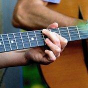 ギターのクリップチューナーの使い方を紹介!