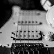 ギターの練習におすすめのヘッドホン5選!【夜/練習】